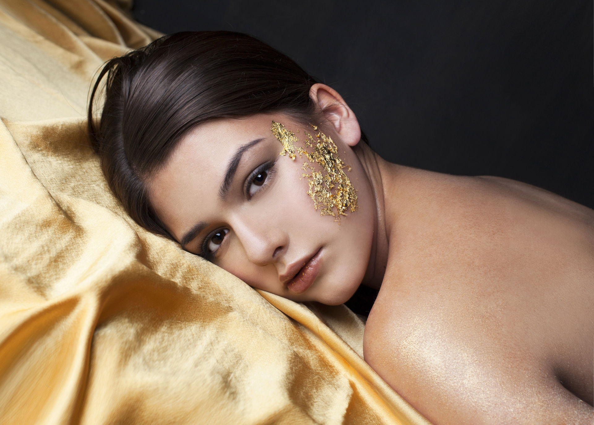 24K Gold Leaf Facial