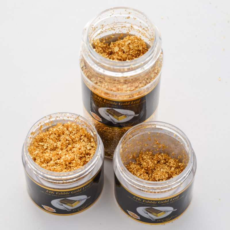 All three variant sizes of gold leaf powder in jars.
